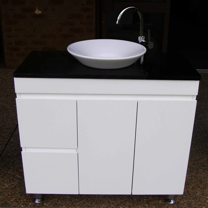 Euro Fwpl900sdr 900mm Polyurethane Vanity Unit With Black