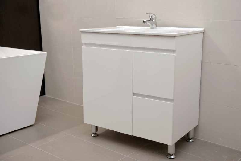 Artemis Fwpl750r 750mm Polyurethane Bathroom Vanity With Ceramic Basin And Finger Pull On Metal